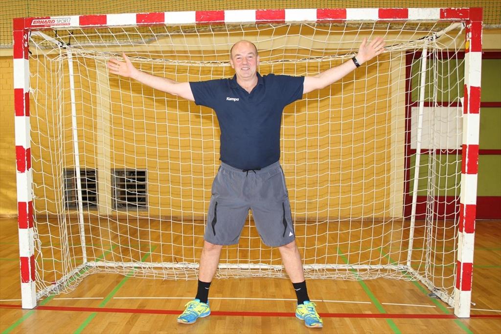 Hans Dabel. Handball-Trainer seit seinem 17. Lebensjahr