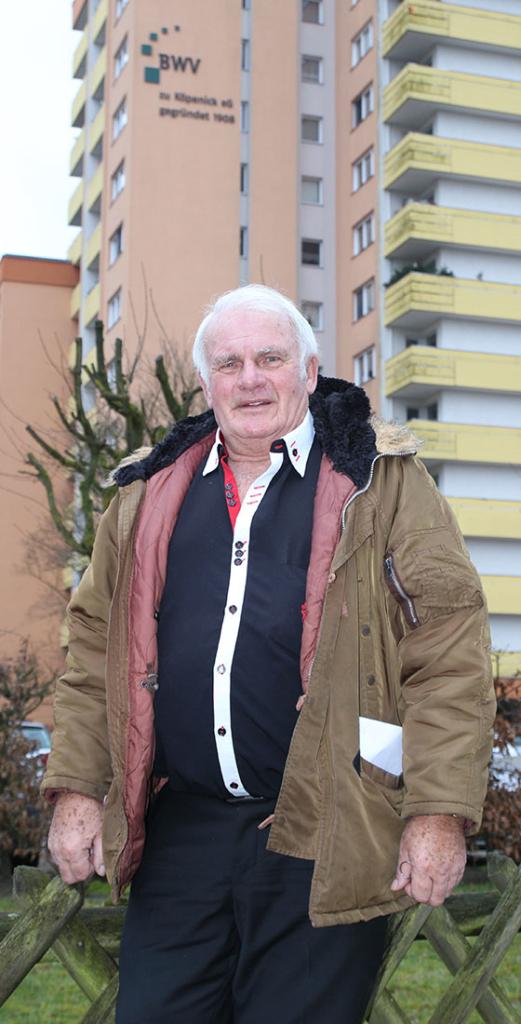 Dietmar Königsdorf in seinem Wahlkreis als Bauteilvertreter